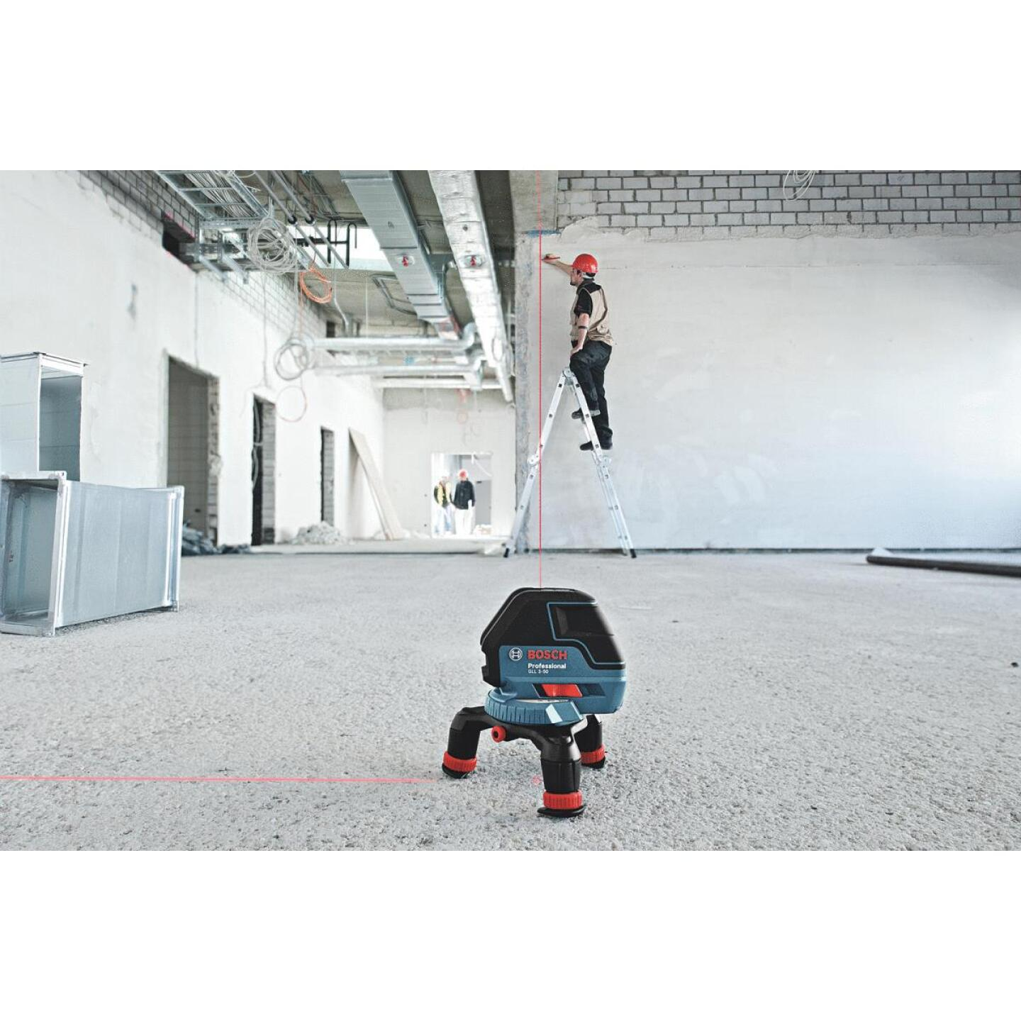 Bosch 165 Ft. Self-Leveling 360 Degree 3-Plane and Alignment Line Laser Level with Layout Beam Image 2