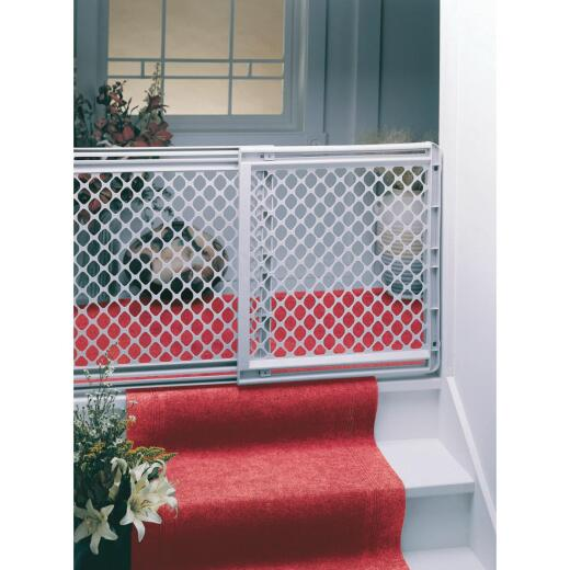 North States 26 In. to 41 In. Expandable Stairway Wall Mount Safety Gate